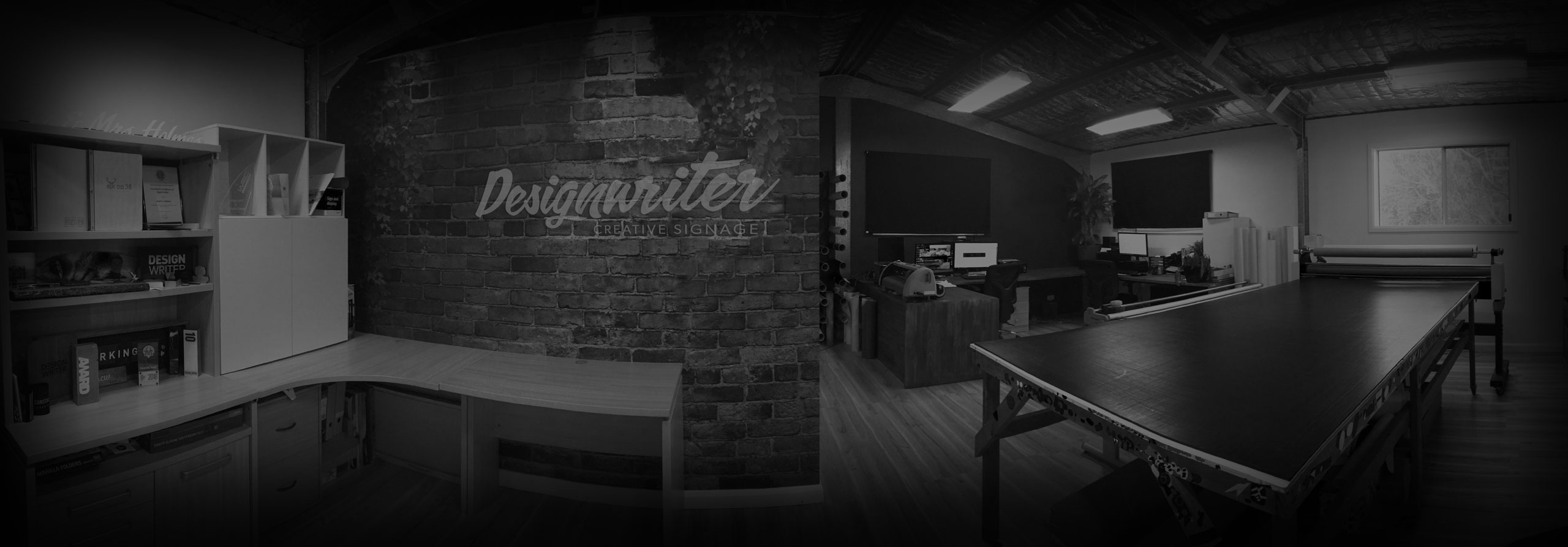 Design Writer Office Banner Image